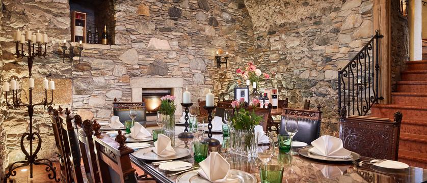 restaurant-schloss-mittersill-kitzbuhel-austria.jpg